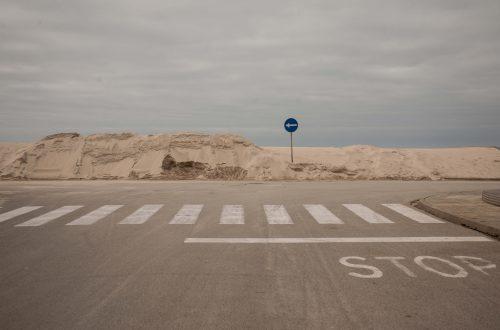 Stop en una carretera
